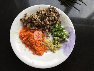 茄汁菜包卷的做法步骤:2