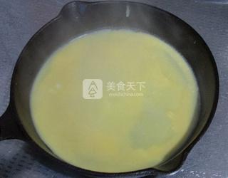香煎梅菜卷的做法步骤:3
