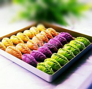 彩色柳叶饺子!的做法步骤:14